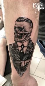 Koponya tetoválás